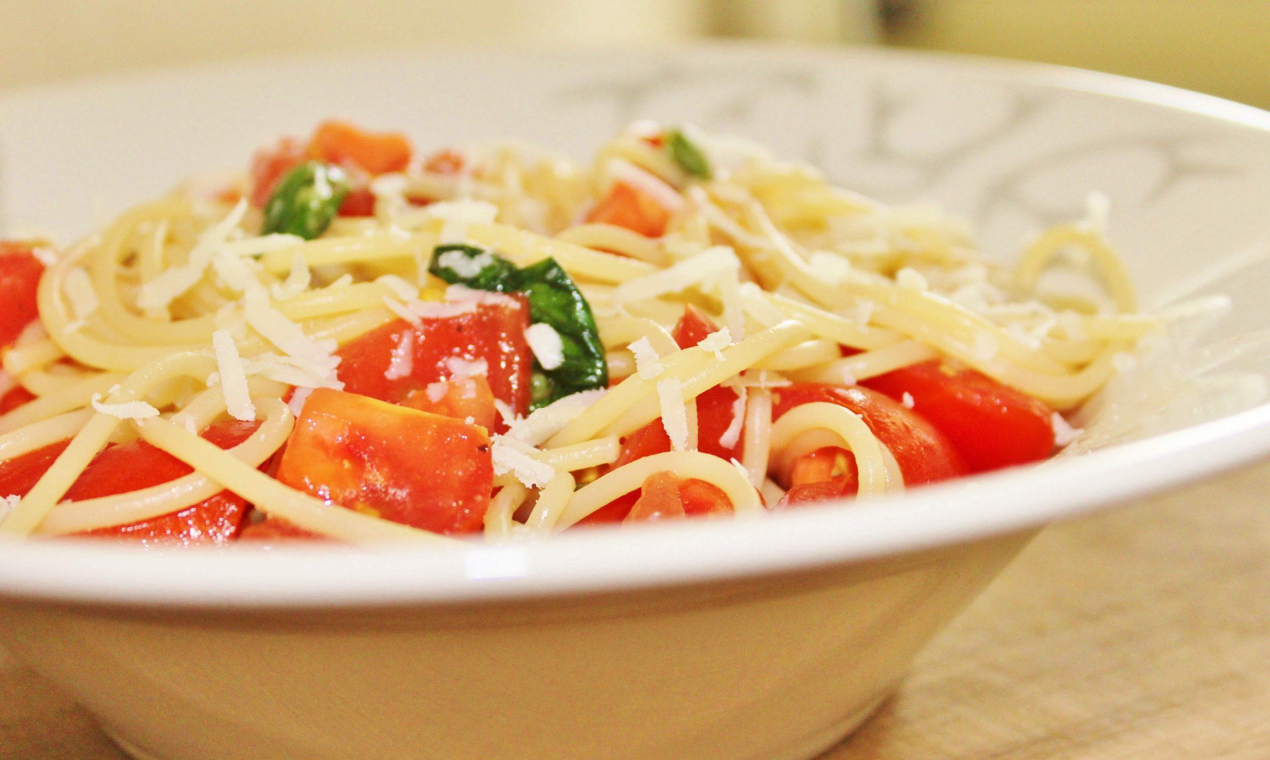 Špagete crudi za večeru