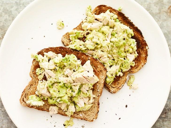 Za doručak odaberite tost s tunom i avokadom