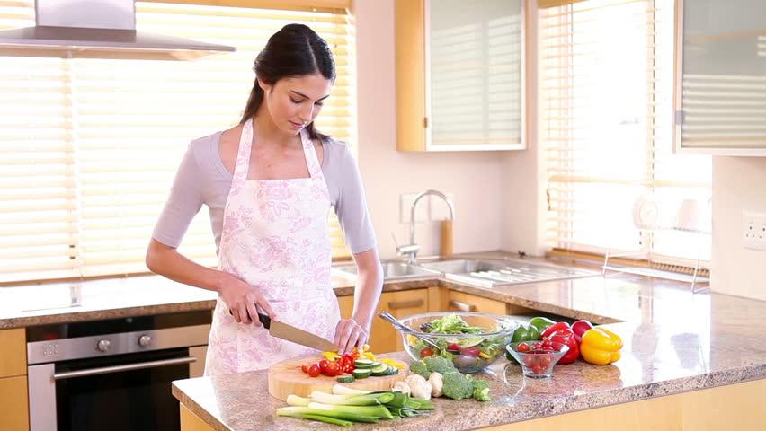 Kako olakšati svakodnevno pripremanje hrane: Pet trikova za brže kuhanje