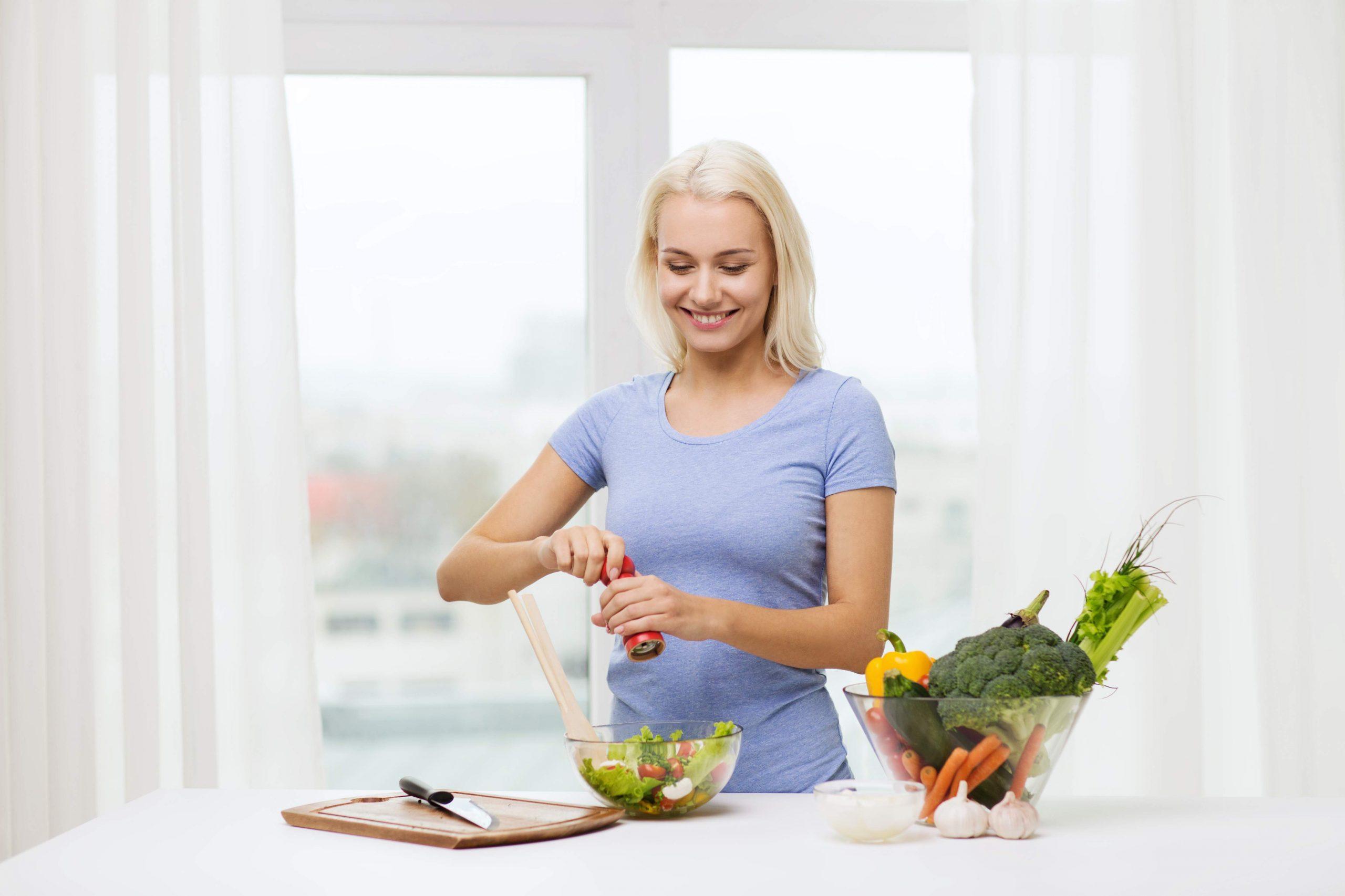 Dileme: Kada treba soliti hranu prije ili poslije kuhanja